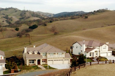 The Oakhurst subdivision abuts open space in Clayton, Calif