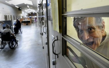 California medical prison mismanaged